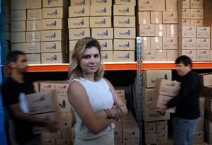 """Aposta no consumo. A Leads Care Cosméticos investiu e está contratando: """"Vamos ampliar o portfólio"""", afirma a diretora da empresa, Rosiane Medeiros Foto: Agência O Globo / Custódio Coimbra"""