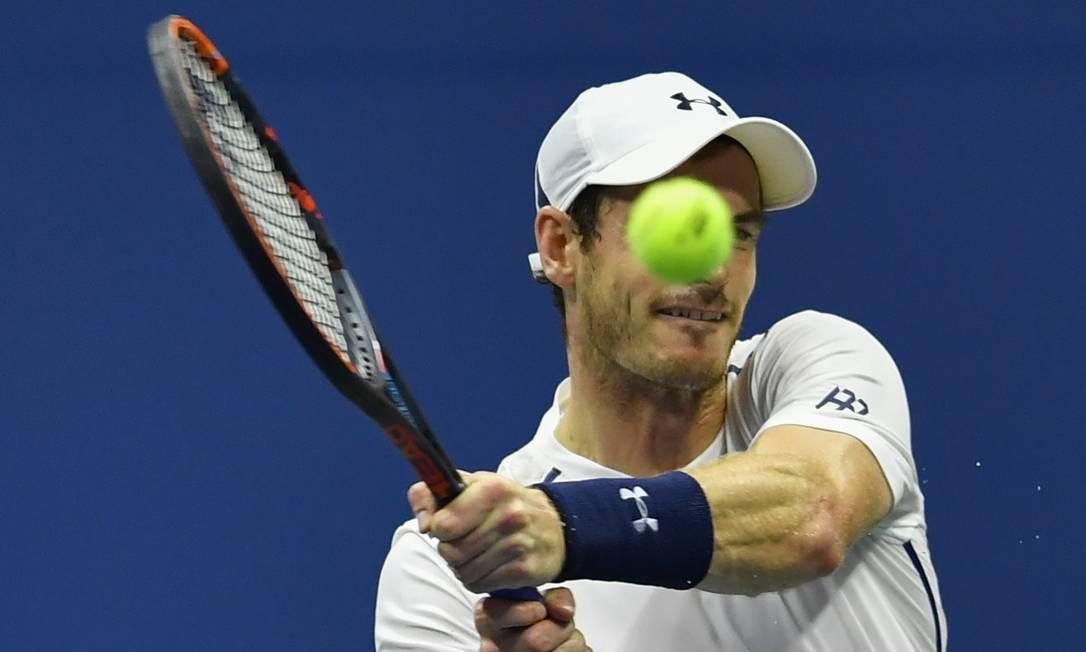 Campeão em 2012, o britânico Andy Murray está garantido na terceira rodada em Nova York EDUARDO MUNOZ ALVAREZ / AFP
