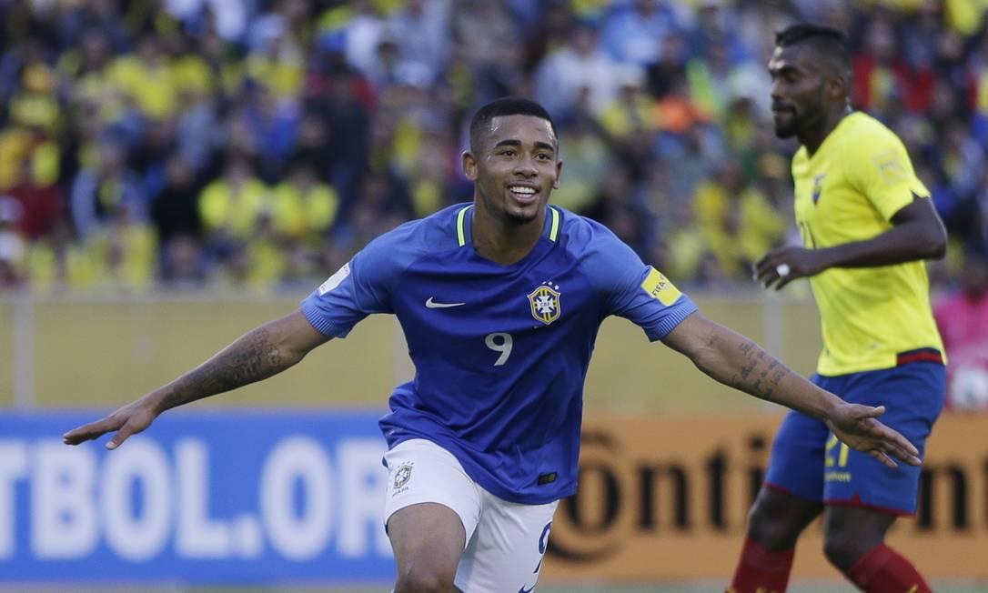 Com dois gols, Gabriel Jesus foi o nome da vitória do Brasil sobre o Equador Ricardo Mazalan / AP