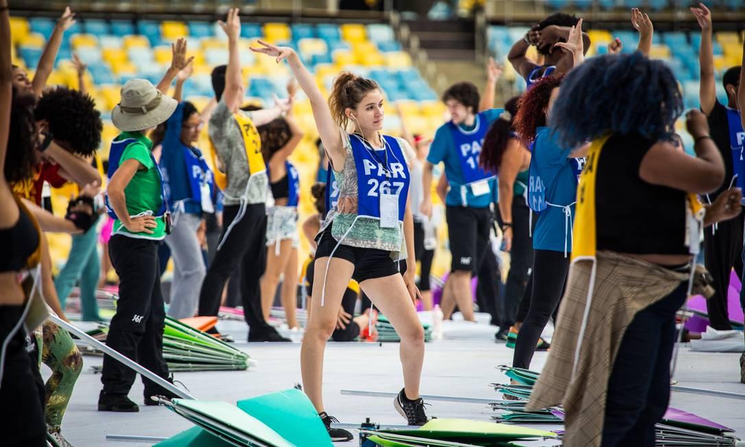 Outro momento de uma das coreografias da cerimônia que vai abrir a Paralimpíada do Rio, na quarta Filipe Costa