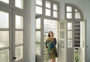 A advogada Adriana Tinoco aproveitou a queda dos preços dos imóveis para comprar uma sala comercial Foto: Leo Martins / Agência O Globo