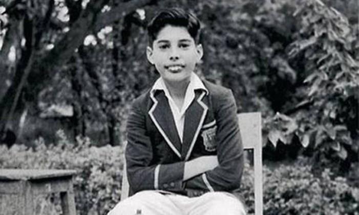 Freddie Mercury, ainda Farrokh Bulsara, na infância Foto: Reprodução