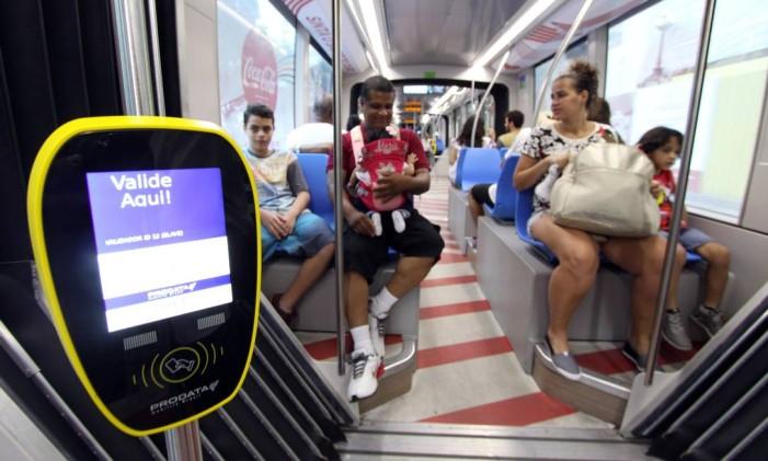 Máquina para validar o bilhete no VLT Foto: Paulo Nicolella / Agência O Globo