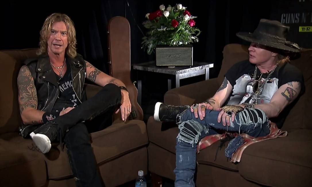 Axl Rose e Duff McKagan dão primeira entrevista na TV após reunião do Guns N' Roses