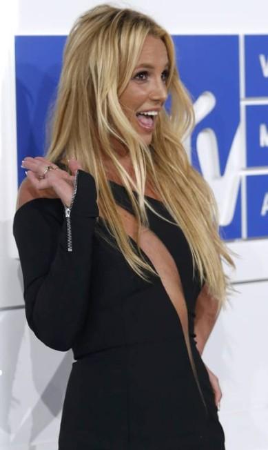 Britney Spears: pretinho com recorte estratégico. EDUARDO MUNOZ / REUTERS