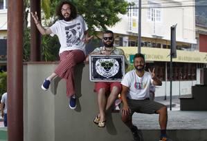 Da esquerda para a direita, Tulio Baía, Dudu Ribeiro e Thiago Zunto Foto: Luiz Ackermann / Agência O Globo
