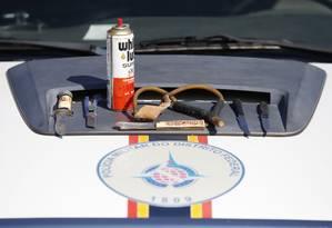 Armas brancas foram apreendidas durante revistas feitas por policiais em Brasília Foto: Jorge William / Agência O Globo