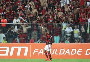 Fernandinho comemora o gol da vitória do Flamengo Foto: Gilvan de Souza/Divulgação Flamengo