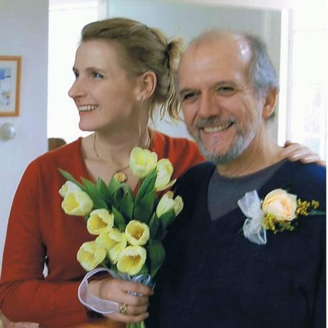 Elizabeth Gilbert e o ex-marido, o brasileiro José Nunes Foto: Agência O Globo