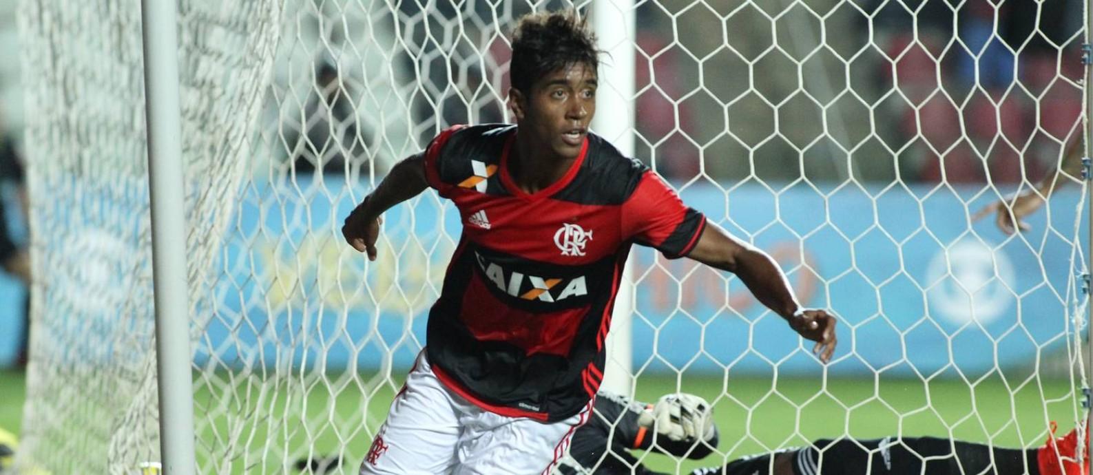 Criticado pela torcida, Gabriel abriu o placar para o Flamengo Foto: Gilvan de Souza / Flamengo