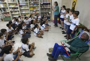 Alunos na Escola Friedenreich no Maracanã Foto: Guilherme Pinto / Agência O Globo