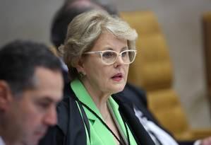 A ministra Rosa Weber durante sessão no STF Foto: Jorge William / Agência O Globo (08/06/2016)