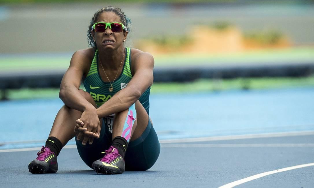 Brasileira Tascitha Oliveira Cruz tropeça e perde a prova dos 100m T36 Hermes de Paula / Agência O Globo