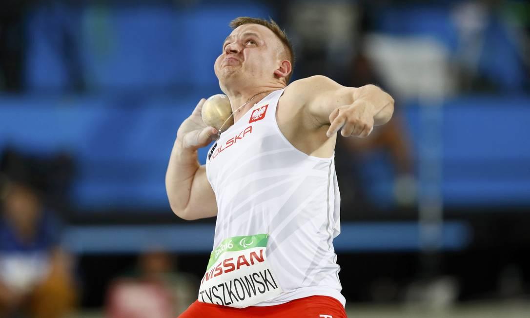 Bartosz Tyszkowski da Pôlonia JASON CAIRNDUFF / REUTERS