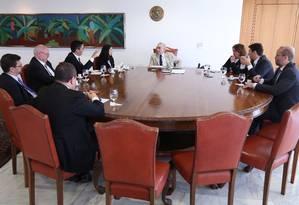 Jornalistas do GLOBO entrevistam o presidente Michel Temer no Palácio do Planalto Foto: André Coelho / Agência O Globo