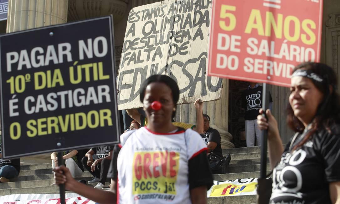 Protesto dos Servidores Publicos na Alerj no Centro RJ Foto: Fabio Guimaraes / Fabio Guimarães (13/07/2016)