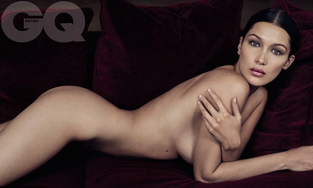 """Eleita a modelo do ano pela """"GQ"""" britânica, a instamodel americana Bella Hadid vai aparecer assim, nua, nas páginas na edição de outubro da publicação. Os cliques são de Phil Poynter rEPRODÇÃ"""