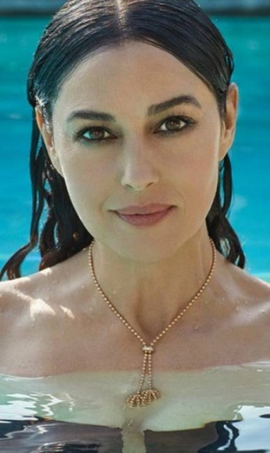 """A bela ex-mulher de Vincent Cassel está promovendo o filme """"On the milk road"""", apresentado no Festival de Veneza Divulgação"""