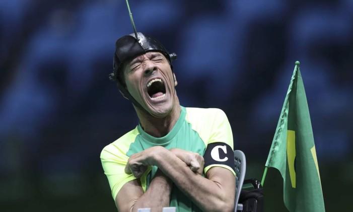 Antonio Leme comemora durante a vitória do Brasil sobre a Coreia do Sul na final da bocha dupla mista BC3 Foto: UESLEI MARCELINO / REUTERS