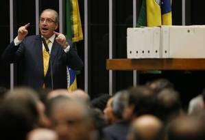 Cunha apresenta a sua defesa na tribuna da Câmara Foto: Andre Coelho / Agência O Globo