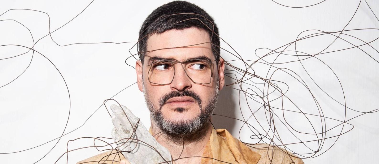 O cantor e compositor Mihay Foto: Divulgação/Adriano Fagundes