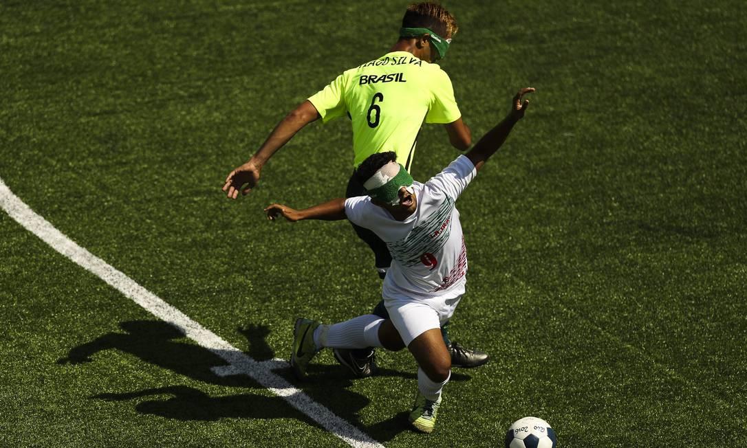 Brasil empatou em zero a zero com o Irã no Futebol de 5 nesta manhã de terça-feira. Guilherme Leporace/Agência O Globo