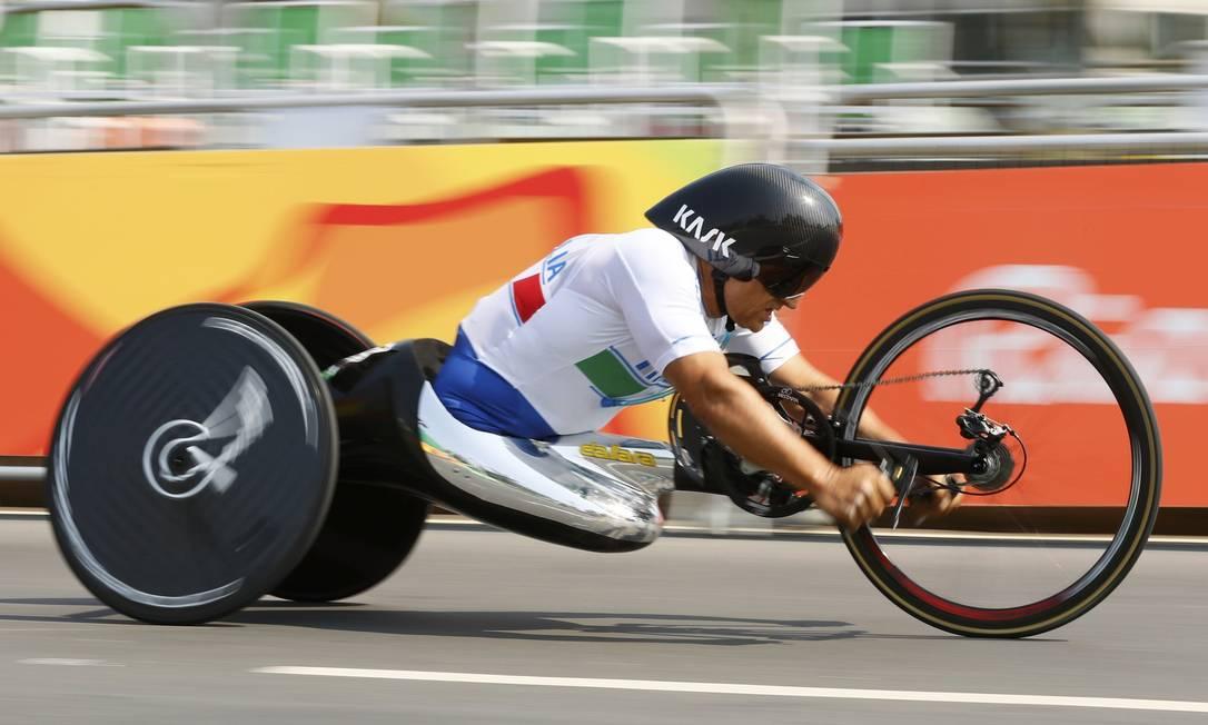 Alessandro Zanardi, ouro para a Itália no contrarrelógio de estrada JASON CAIRNDUFF / REUTERS