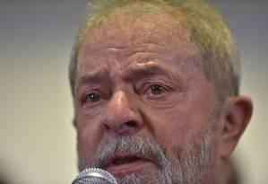 Emocionado, Lula fez pronunciamento sobre denúncia do MPF e defendeu sua inocência Foto: NELSON ALMEIDA / AFP