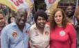 Jandira caminhou esta manhã em Bonsucesso acompanha pelo candidato a vice-prefeito Edson Santos e a deputada federal Benedita da Silva, ambos do PT