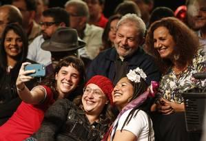 Lançamento da pré-candidatura de Jandira Feghali à prefeitura do Rio contou com a presença de Lula Foto: Alexandre Cassiano/20-06-2016