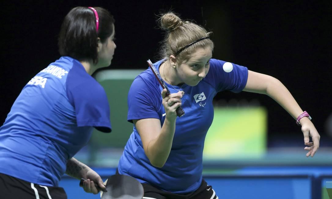 Dupla brasileira levou o bronze no tênis de mesa, durante partida contra a Austrália Monica Imbuzeiro / Agência O Globo