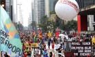 Avenida Paulista, SP, tem mais um protesto contra o governo Temer neste domingo Foto: Edilson Dantas / Agência O Globo