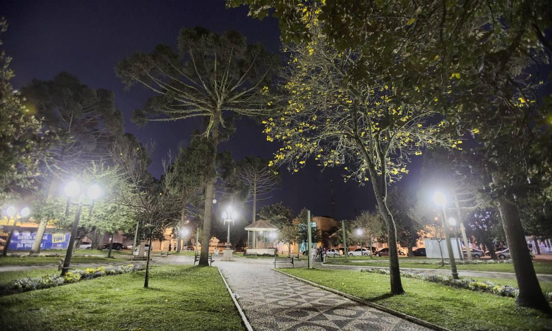 Praça central de Campo Largo, no Paraná Alexandre Cassiano / Agência O Globo