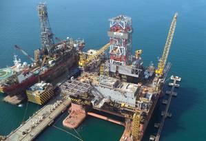 Semissubmersível Urca, utilizado na extração de petróleo Foto: DIVULGAÇÃO / DIVULGAÇÃO