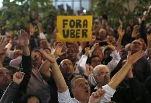 Protesto de taxistas contra o Uber na Câmara Municipal/27-4-2016 Foto: Edilson Dantas / Agência O Globo