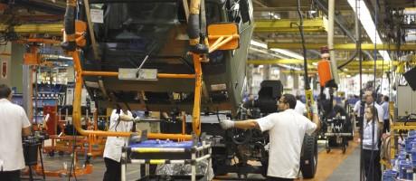 Leve recuperação da atividade industrial freou queda maior nos resultados de alguns estados Foto: Pedro Kirilos