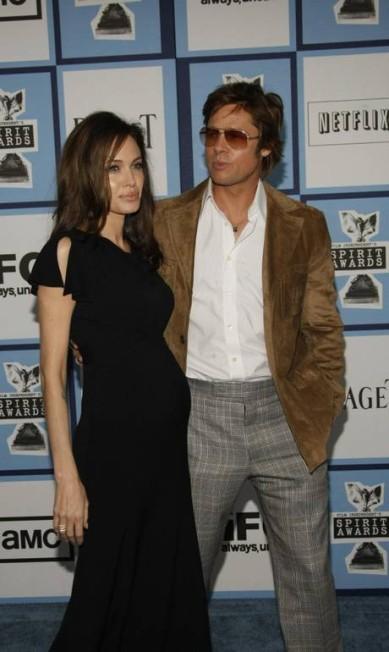 Angelina grávida de Vivienne, em 2008 Robyn Beck / AFP