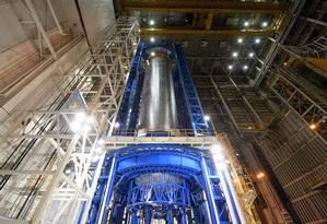 O tanque de hidrogênio líquido tem 40 metros de altura Foto: Eric Bordelon/NASA/MITS/Dynetics