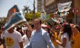 O prefeito de Montes Claros, Ruy Castro, durante atividade de campanha