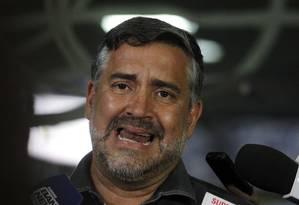 O deputado Paulo Pimenta (PT-RS), durante entrevista. Foto: Givaldo Barbosa / Agência O Globo