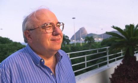Gaúcho no Rio. Luis Fernando Verissimo: talento raro para abordar temas sérios com humor Foto: Marizilda Cruppe 04/02/1999 / Agência O Globo