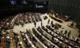 Sessão solene da Câmara dos Deputados promove ato pela educação pública de qualidade