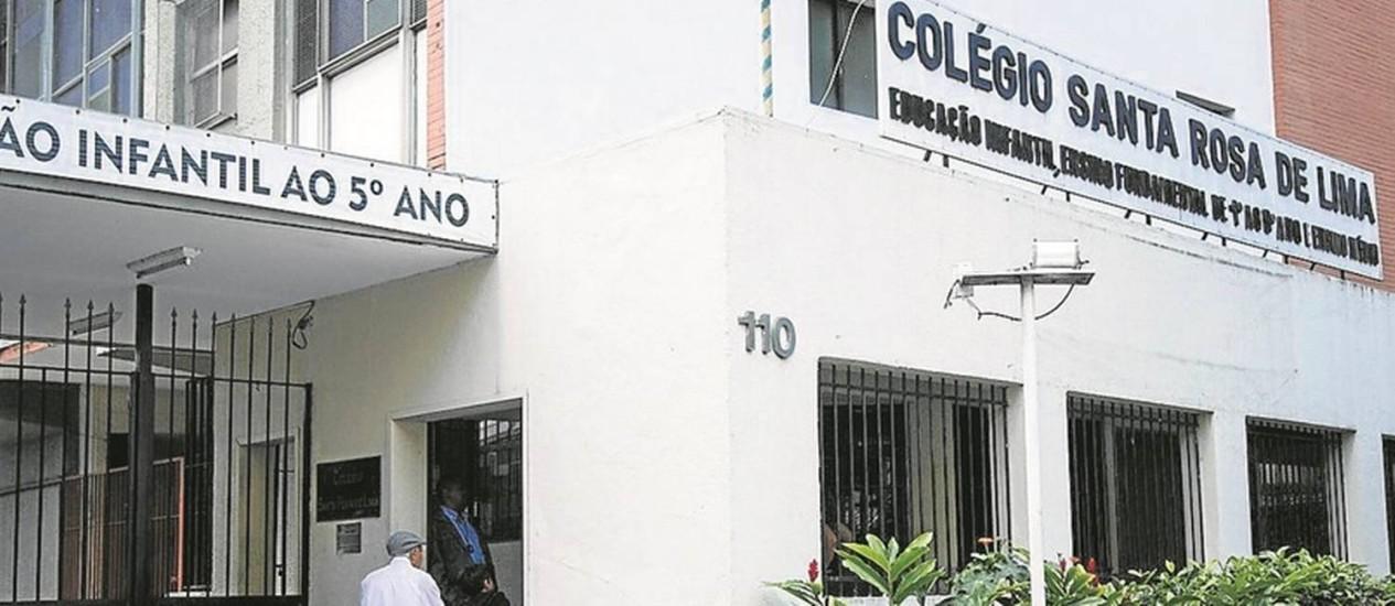 O Colégio Santa Rosa de Lima, em Botafogo: número de alunos caiu de 900, nos anos 90, para 270 Foto: Fernando Lemos