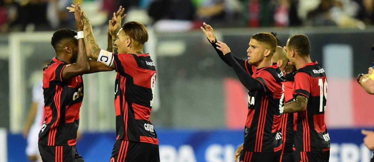 Zé Ricardo elogiou inteligência dos jogadores do Flamengo para administrar cansaço Foto: Martin Bernetti / AFP
