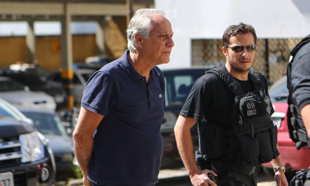 O lobista foi condenado no mesmo processo que Eduardo Cunha. Ele é acusado de intermediar a compra, pela Petrobras, de plataformas de petróleo no Benin. João Augusto é outro que pode ser solto por causa de decisão do STF. Foto: Geraldo Bubniak / Arquivo / 22/09/2015