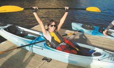 A paulista Michele Simões, momentos antes de remar no Charles River, em Boston Foto: Michele Simões/Arquivo Pessoal