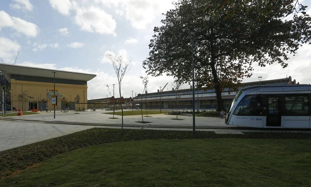 Um dos próximos recantos que deve conquistar a cidade, na avaliação do urbanista que desenhou o projeto, é a praça perto do AquaRio, da igrejinha da Saúde e da Fábrica de Espetáculos do Teatro Municipal. Gabriel de Paiva / Agência O Globo