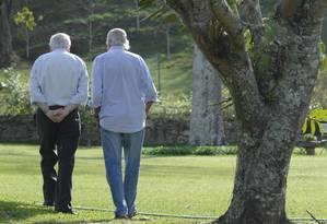 Verissimo e Zuenir Ventura juntos Foto: Bruno Veiga / Agência O Globo