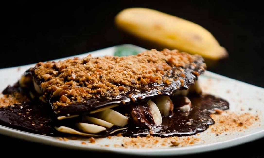 Bibi Sucos. A casa serve crepe de chocolate com crocante e recheio de banana. (R$ 15,30) Rodrigo Castro / Divulgação