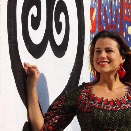 Missão. A jornalista Natalia da Luz, na Pedra do Sal: reportagens em países da África Foto: Paulo Nicolella / Paulo Nicolella